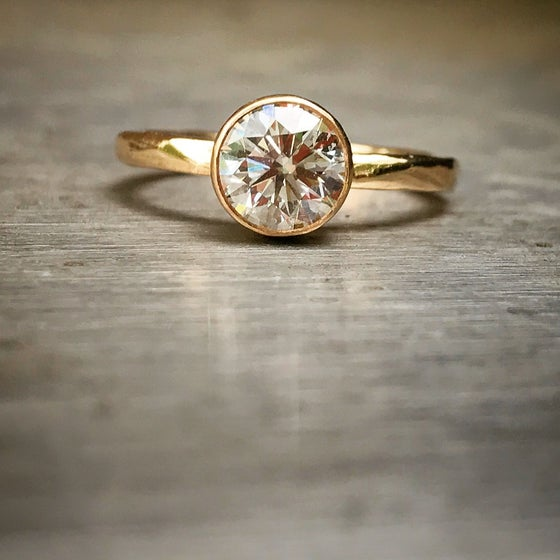 Image of Custom diamond ring