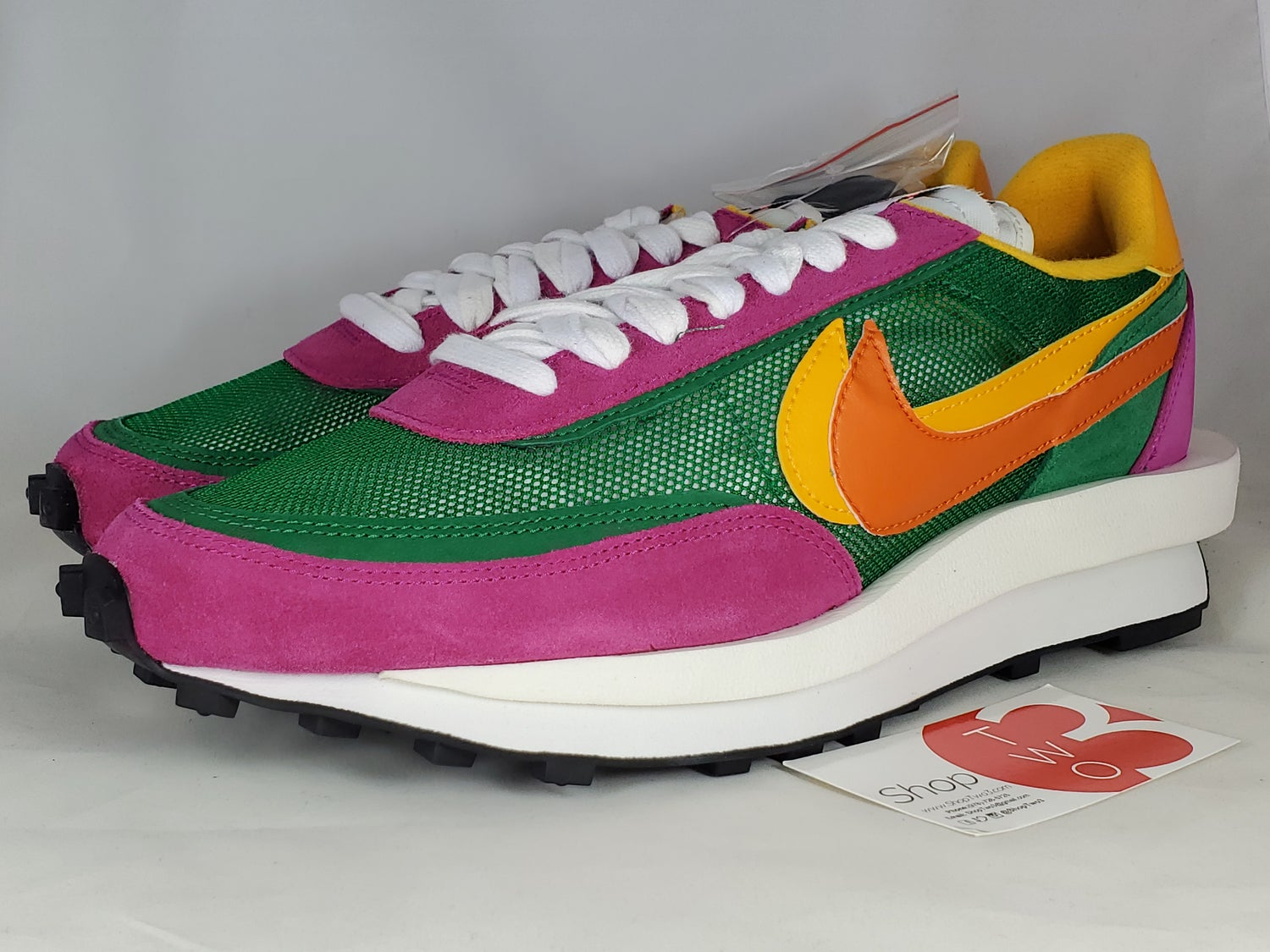Image of Nike Sacai Pine Green