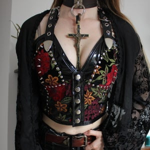Image of BLACK PVC EMBROIDERED FLOWER VELVET SNAP BUSTIER