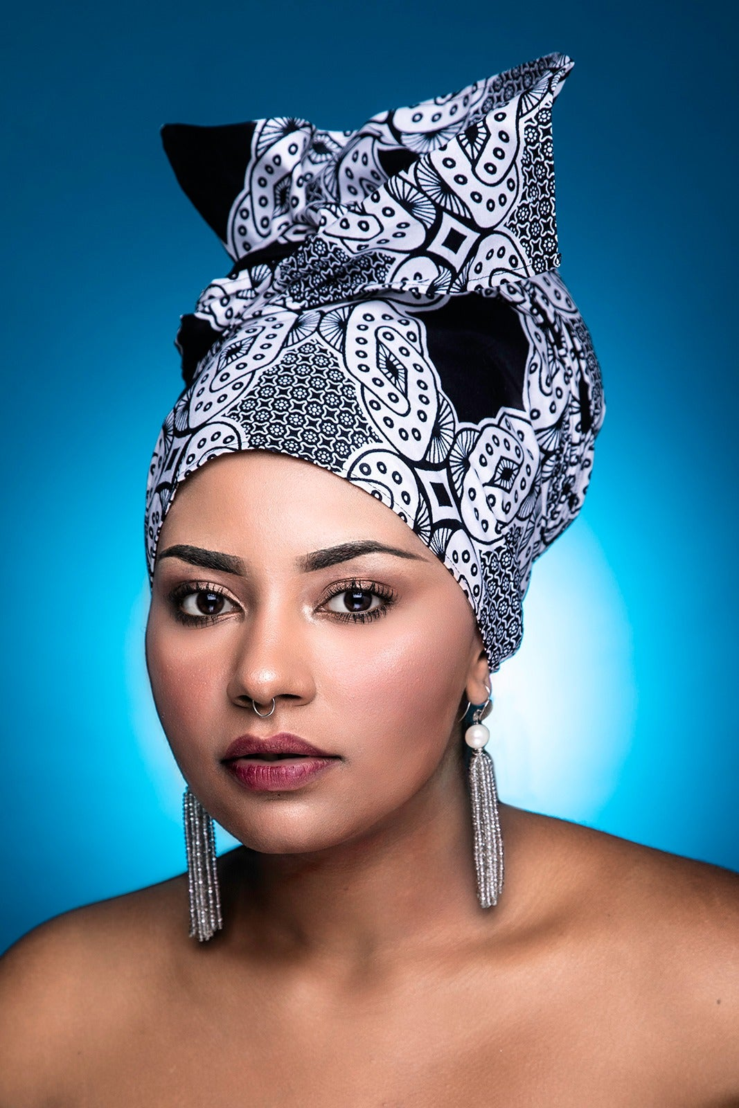 "Image of Headwrap "" B&W CHAINS"""