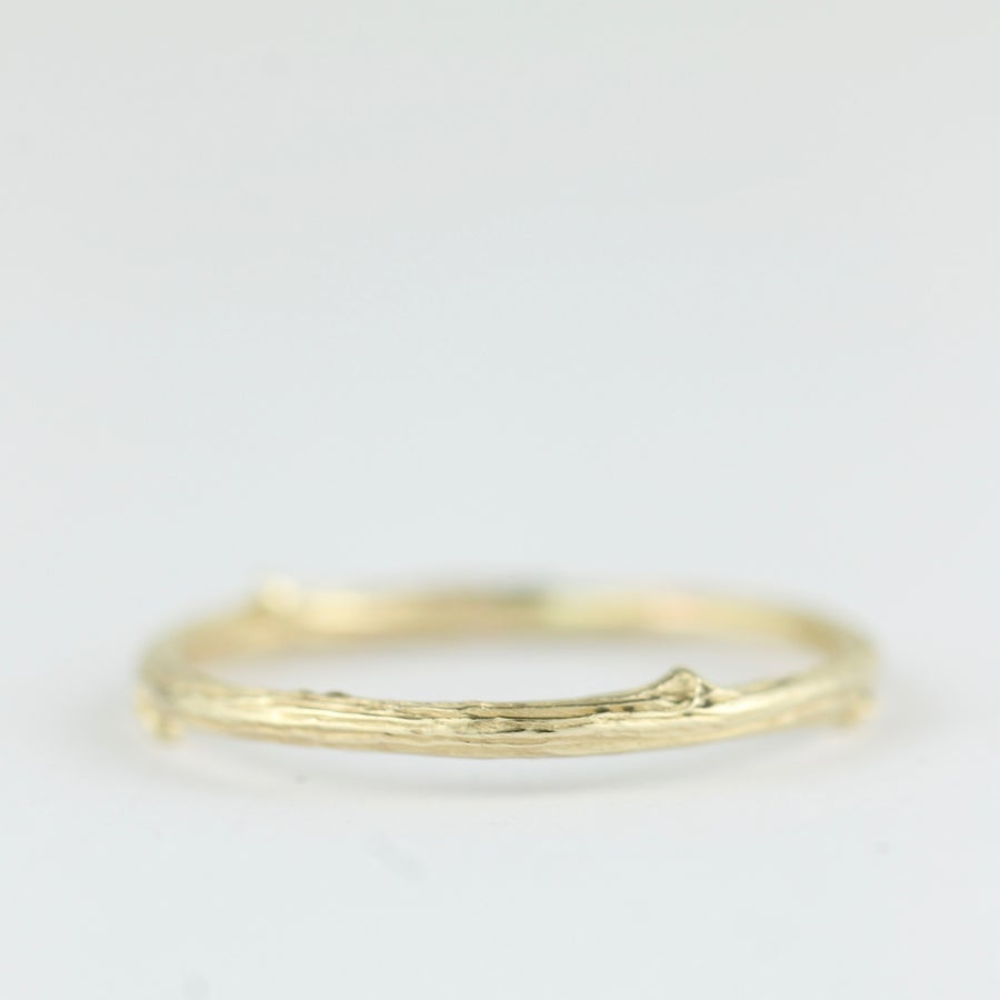Image of Handmade gold twig ring. The 'Mimi' oak twig ring by Charlotte Bezzant