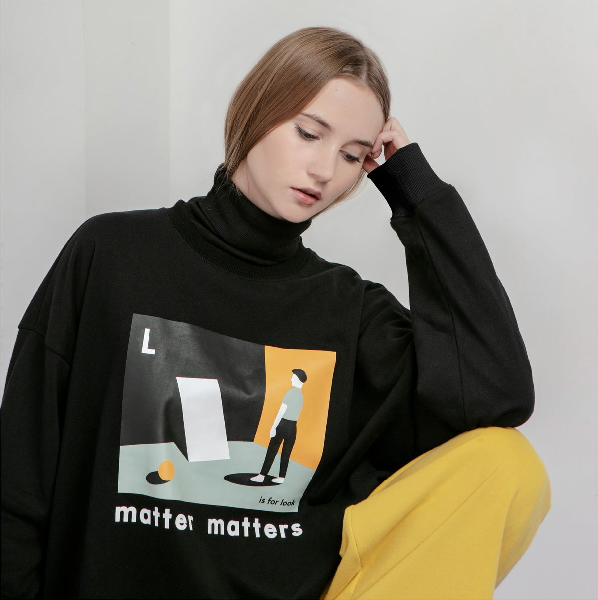 "Image of The ""L is for Look sweatshirt"" - Black"