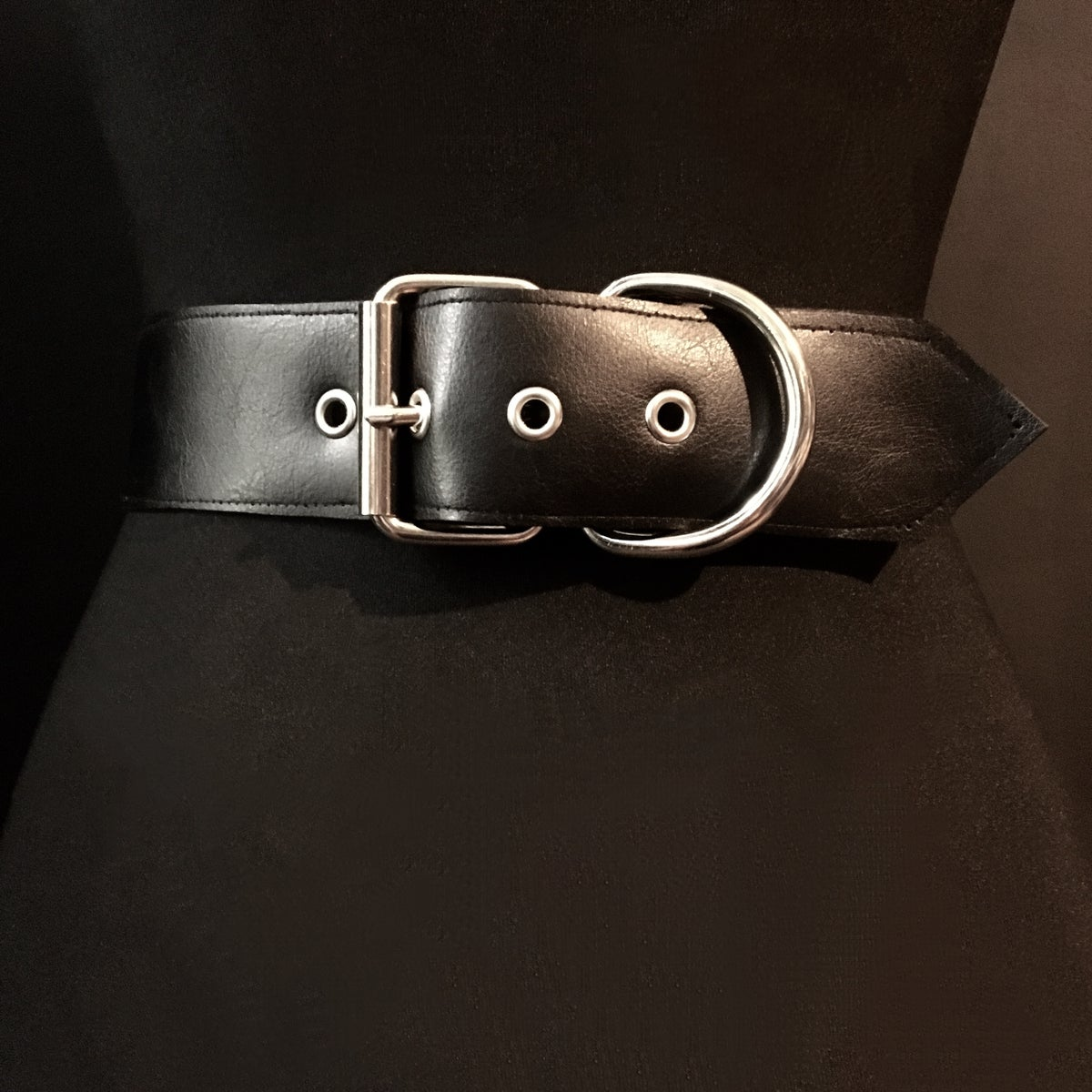 Double ring double chain cincher vegan leather