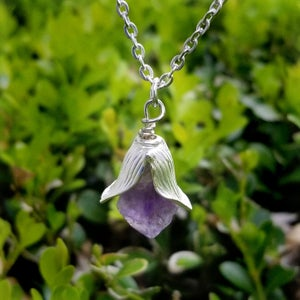 Image of Amethyst Crystal Flower Necklace