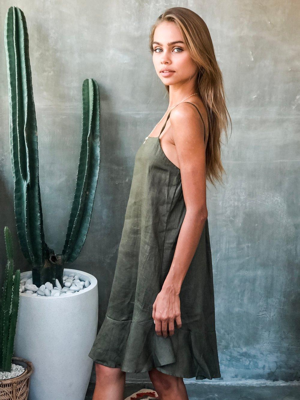 Image of KAPAA DRESS - OLIVE