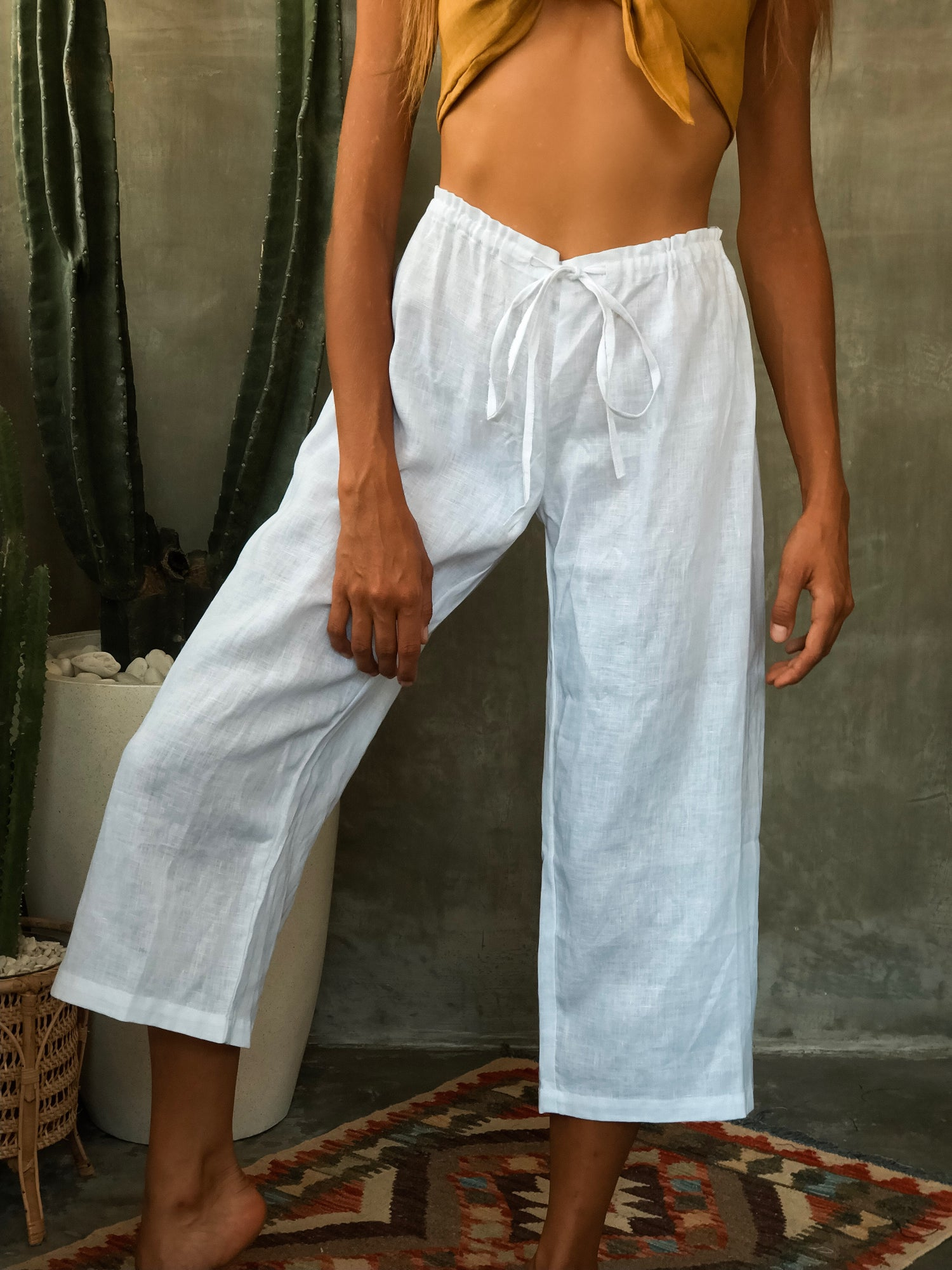 Image of AZUL LINEN PANTS - WHITE