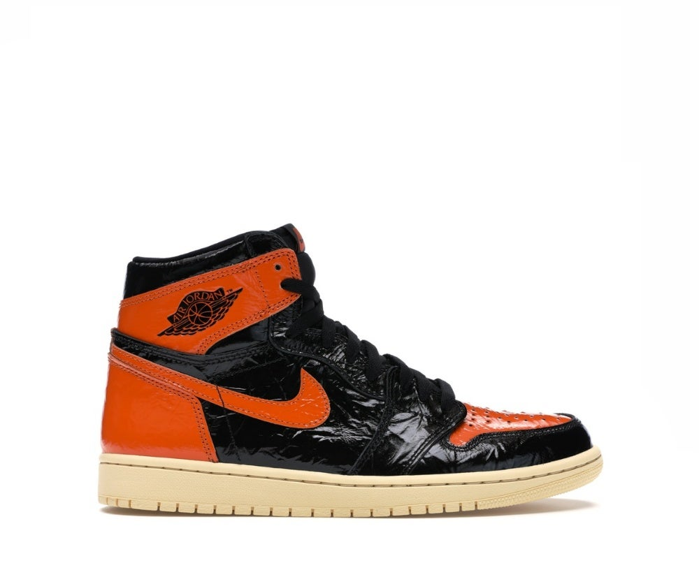 Image of NIKE JORDAN 1 RETRO HIGH OG SHATTERED BLACKBOARD 3.0 555088-028