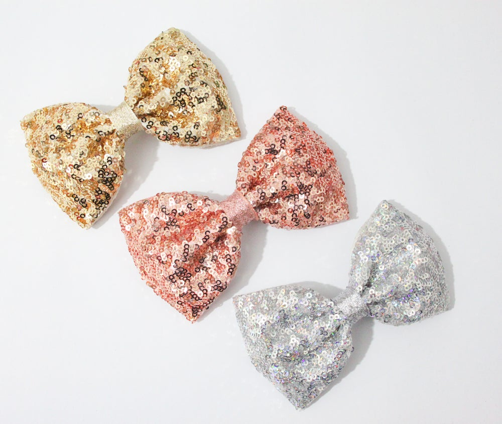 Image of Metallic sequin XL Pinch bows