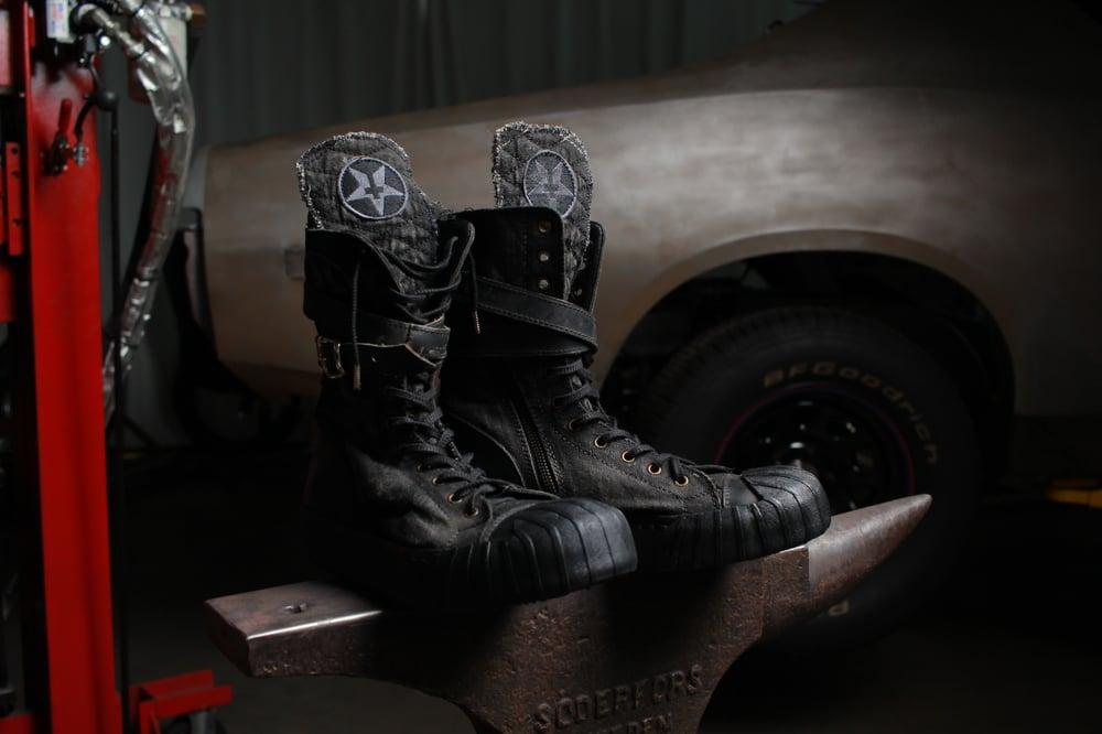 Image of Junker Combat Sneaker