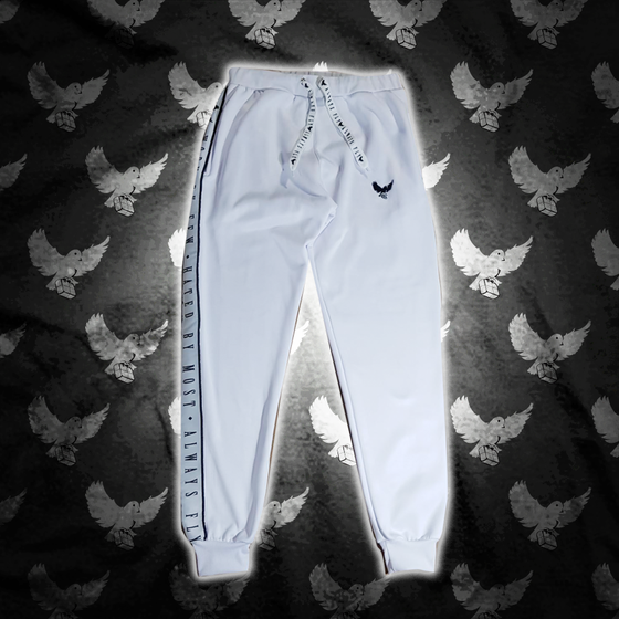 Image of White/Black Worn By Few Joggers