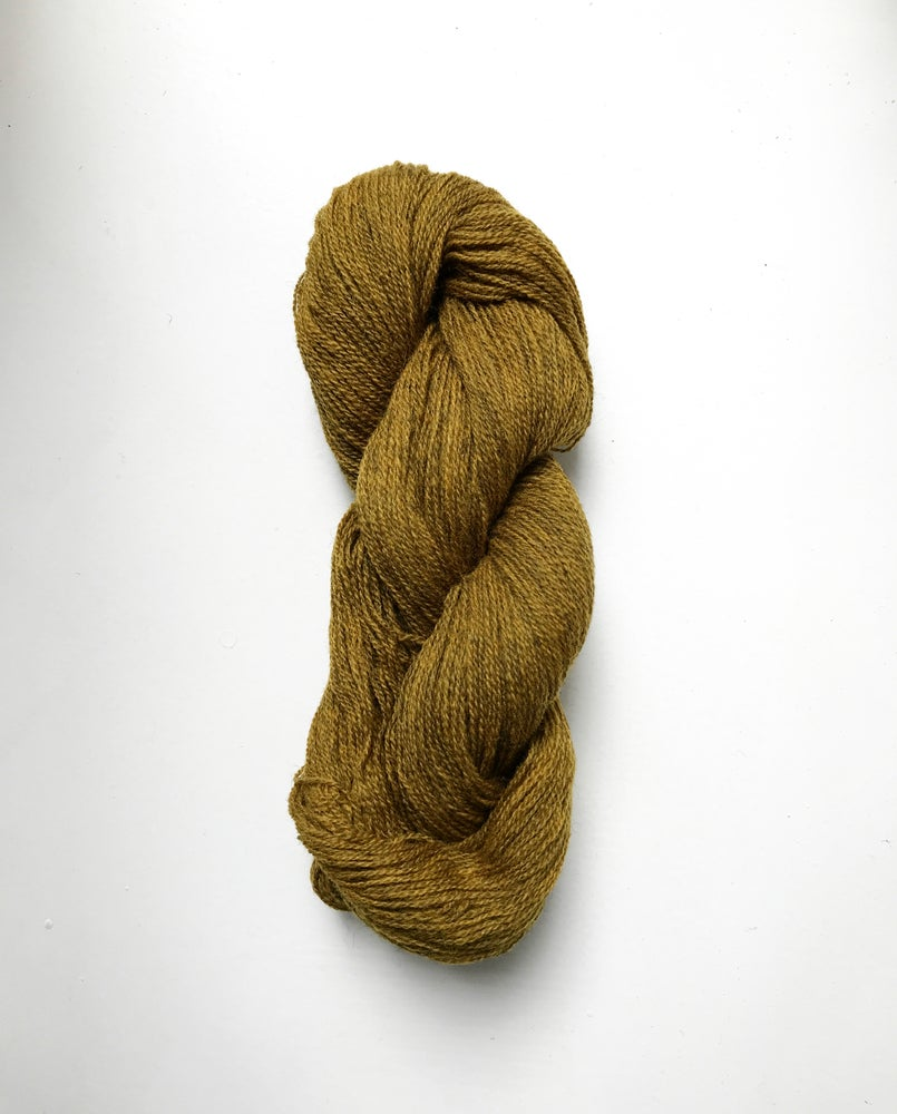 Image of LAMBSWOOL - MØRK MESSING (30)