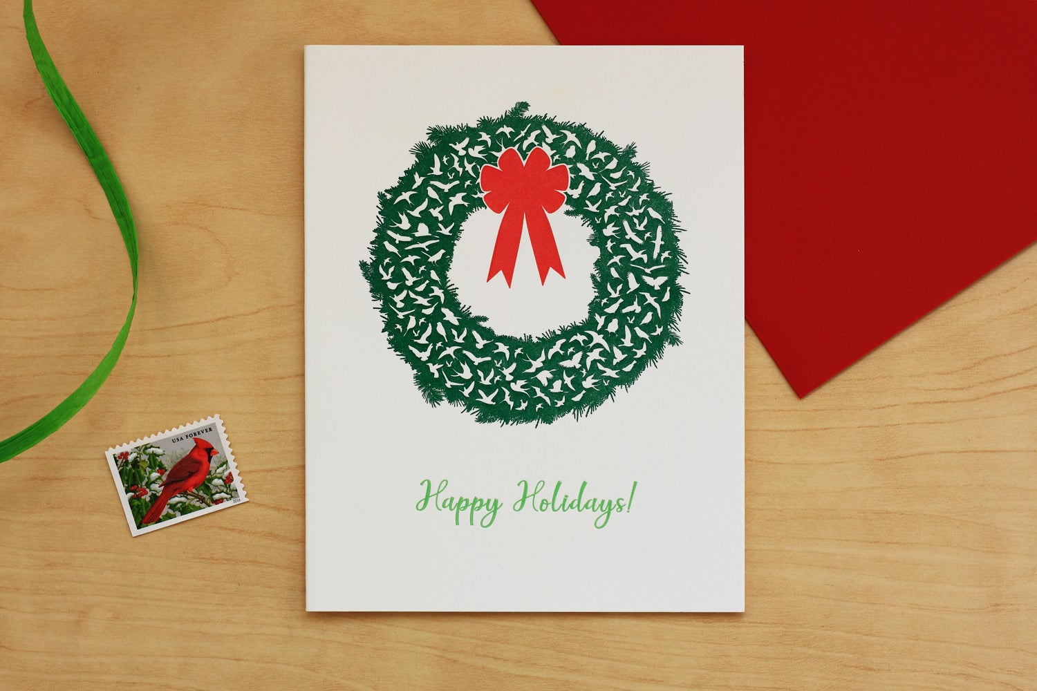 Image of BIRDS IN FLIGHT HOLIDAY WREATH CARD