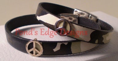 Image of Camoflage Leather Bracelet Pair