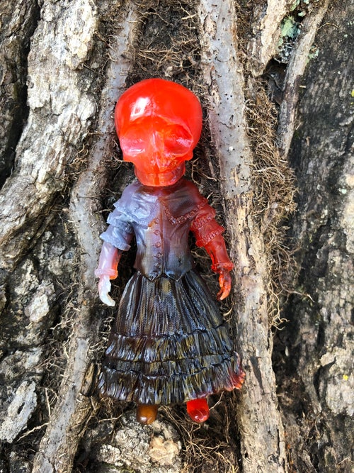 "Image of Hallows Eve Skellene 5"" Resin Figure"