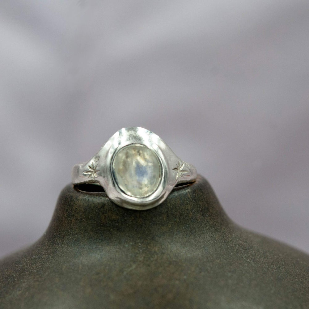 Image of Moonstone Ring #1 [sz 6]