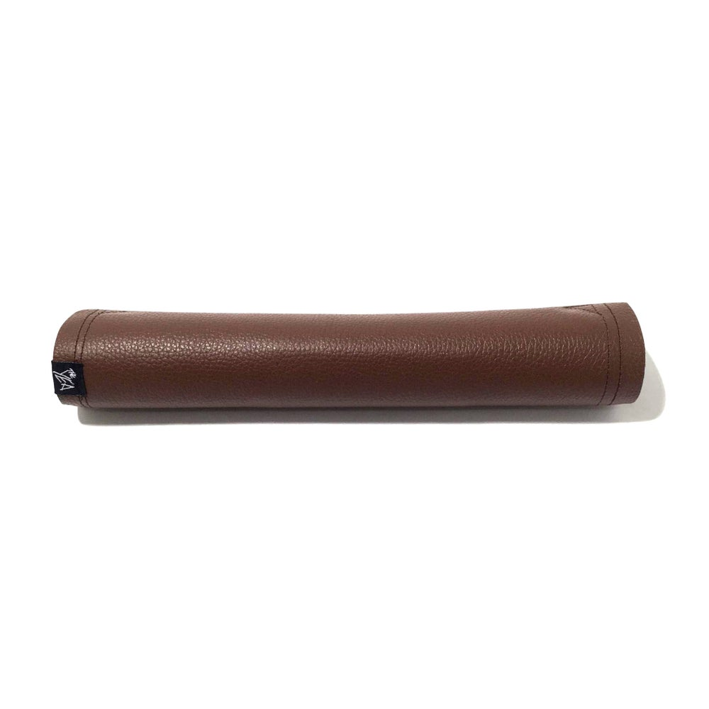 Image of Brown Leather Crossbar Pad