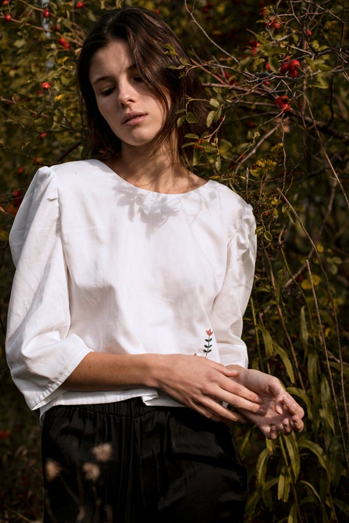 Image of Margareth shirt - 2nd Damaja designed shirt, made of 100% organic cotton in Berlin