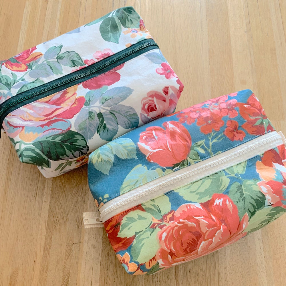 Image of Flowers  toilet bag