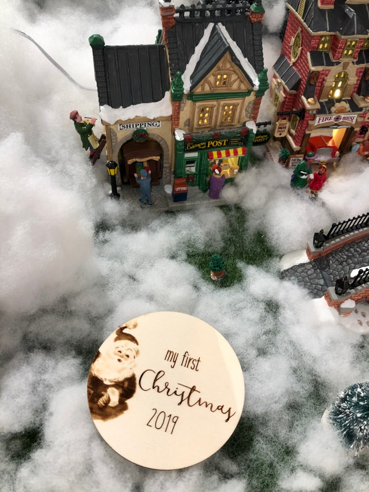 Image of Santa 🎅🏽 My first Christmas plaque