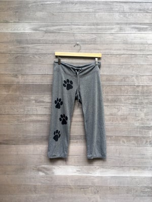 Image of Paws Cropped Pants
