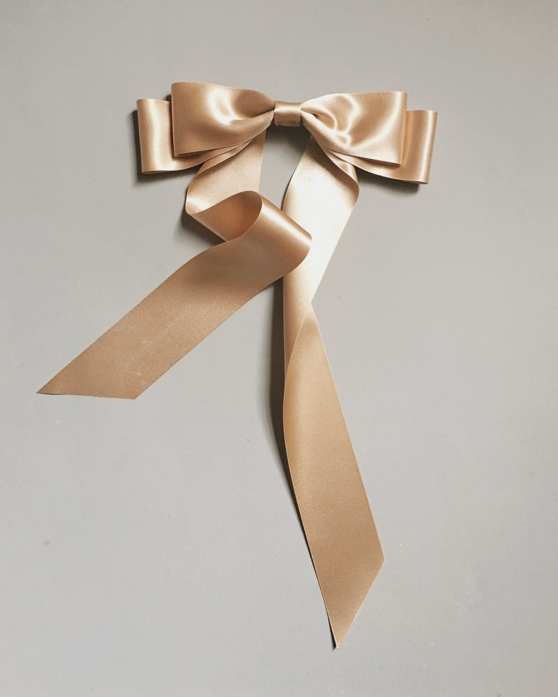 Image of LAYERED SATIN BOW