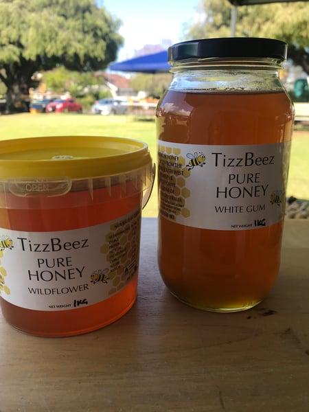 Image of 1kg Raw Honey Bucket OR Jars