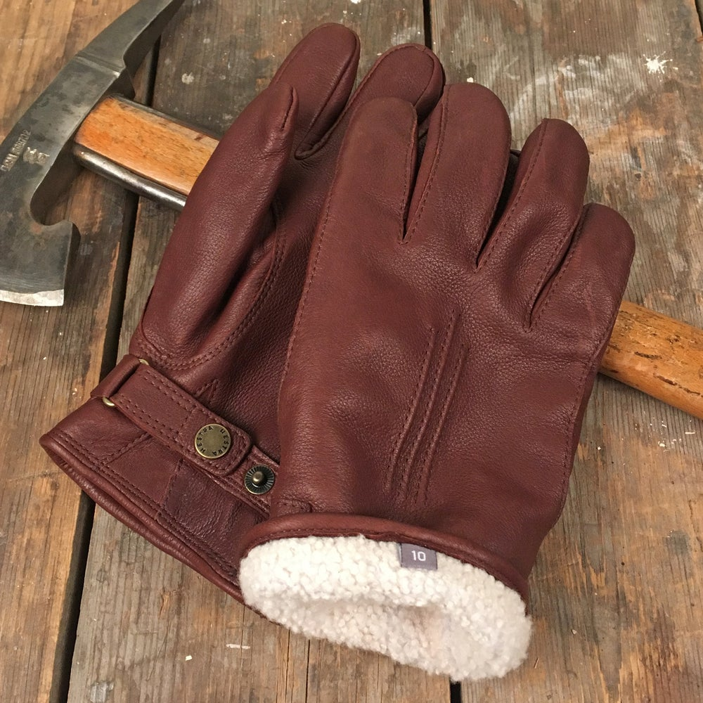 Image of HESTRA LAMB FUR GLOVES CHOKLAD