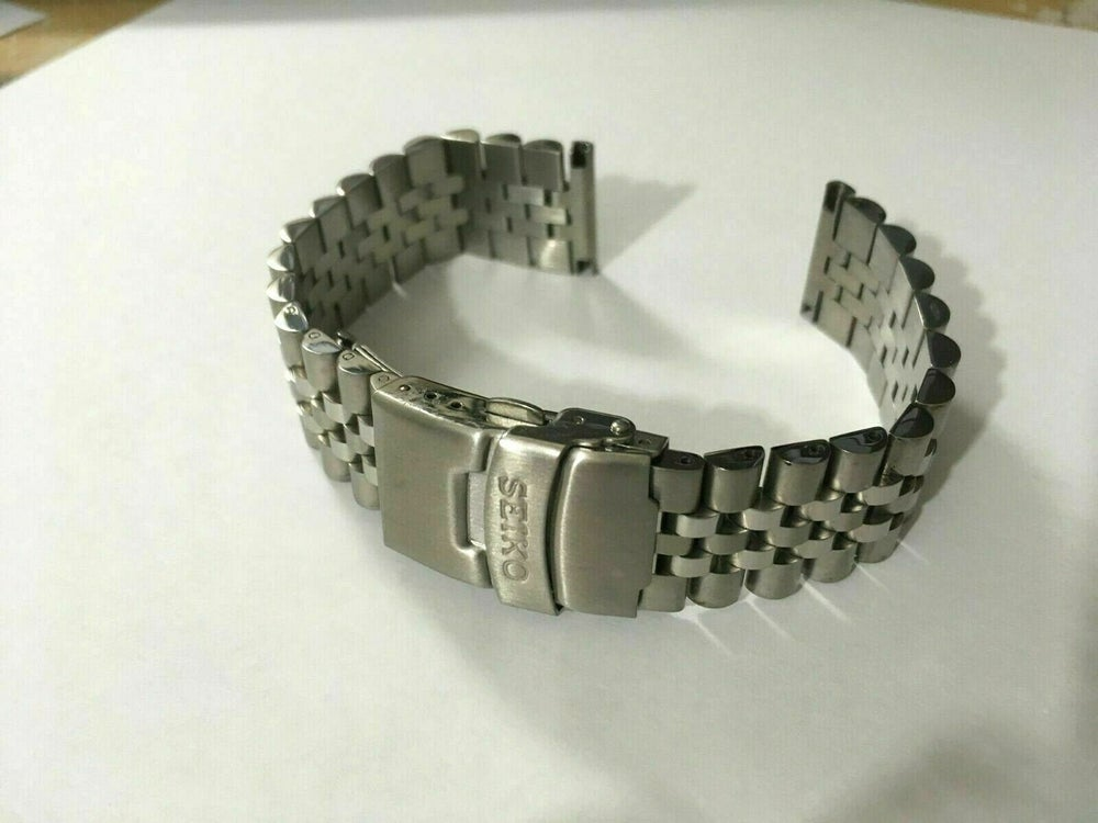 Image of SEIKO SOLID S/STEEL JUBILEE GENTS WATCH STRAP,STRAIGHT/FLAT LUGS,20MM/22MM-NEW.
