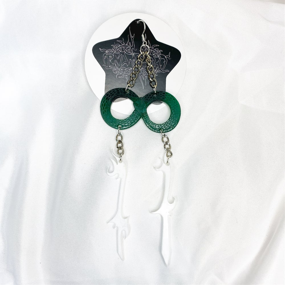 Image of 11 OUROBOROS SINGLE EARRING