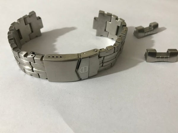 Image of 22MM Tag Heuer mENS Stainless Steel Watch Strap Curved Lugs.