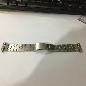 Image of BULOVA 20MM Stainless Steel Gents Watch,Curved Lugs,Clean.