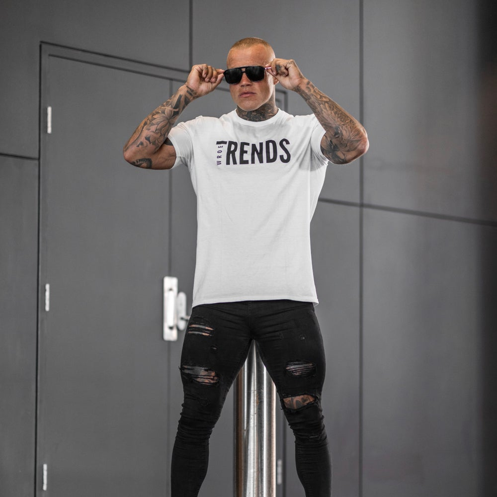 Image of WHITE TRENDS TEE