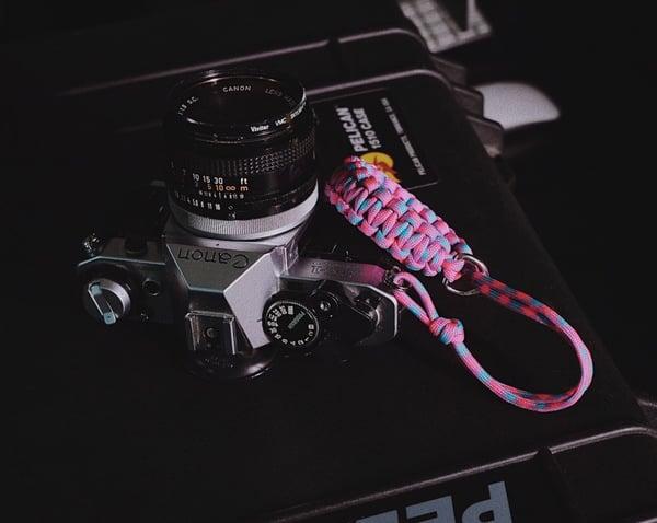 Image of Solid color single strap w/ silver d-ring slider & split ring