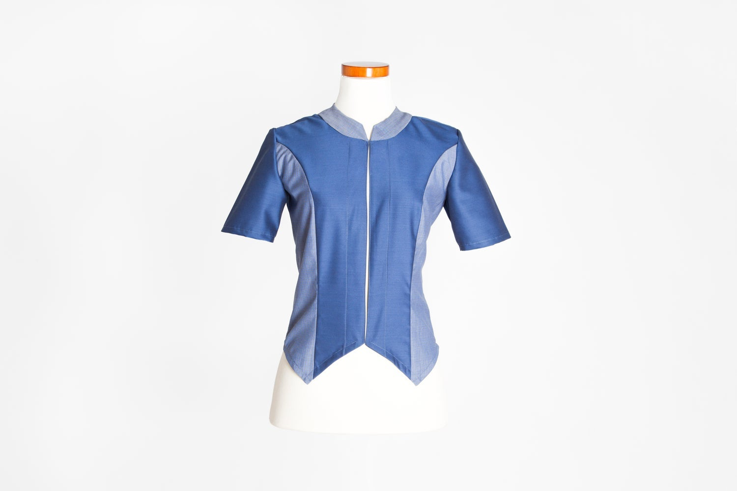 Image of MAR TEMPLADO. CAMISA.