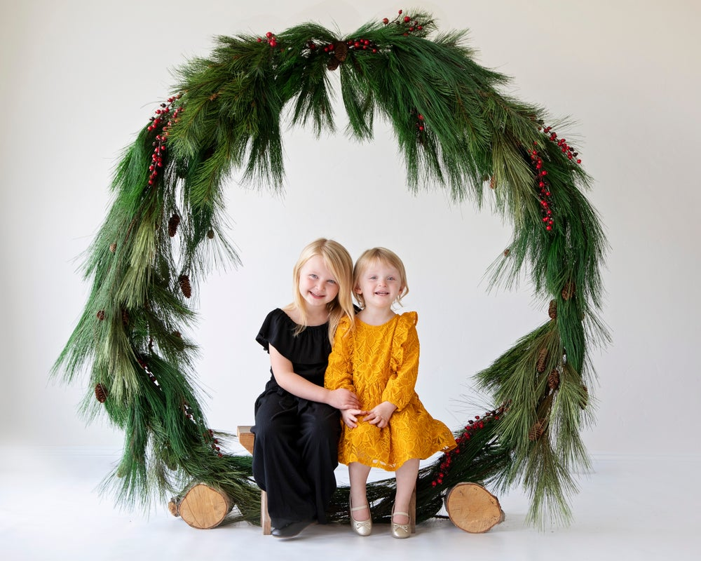 Image of Holiday Wreath Mini Session