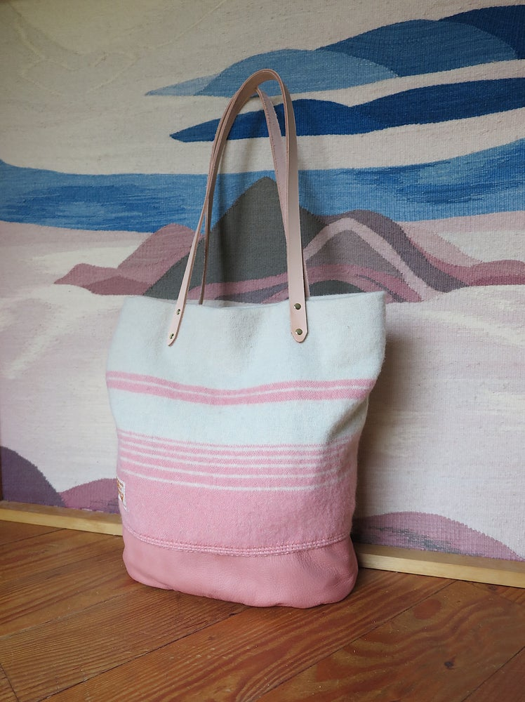 Image of Wool Tote #1490