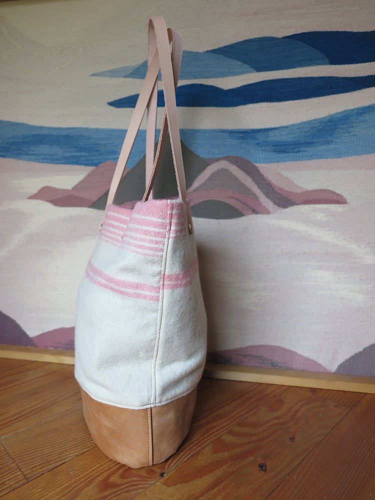 Image of Wool Tote #1489