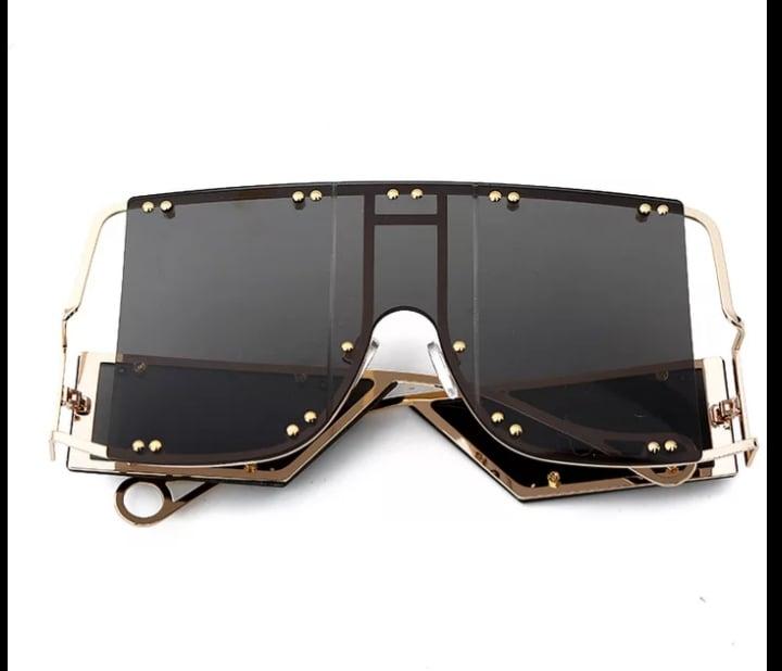 Image of Luxury Oversized Mirror Glasses