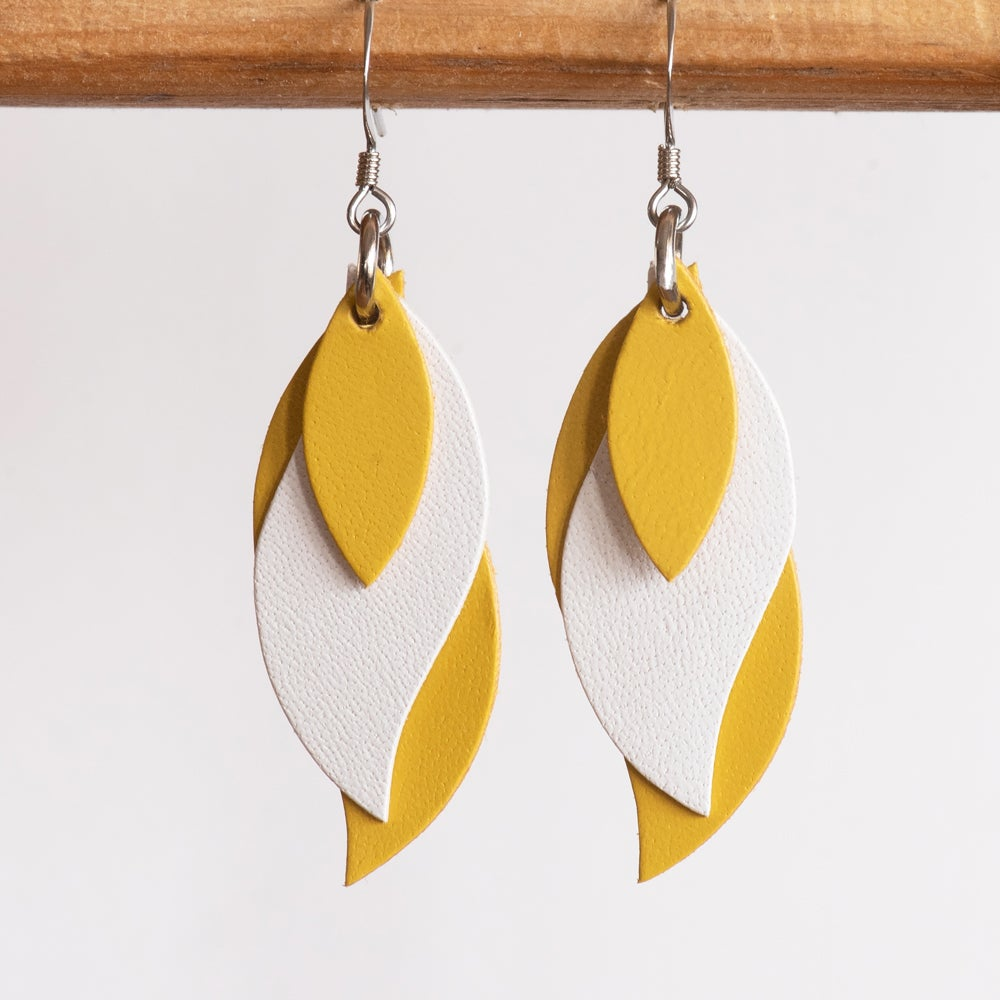 Image of Handmade Kangaroo leather leaf earrings - Yellow and white [LYE-178]