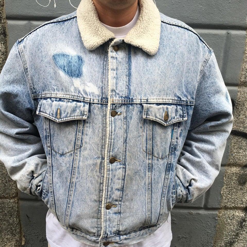 Image of Donald Duck Carrera Denim Jacket