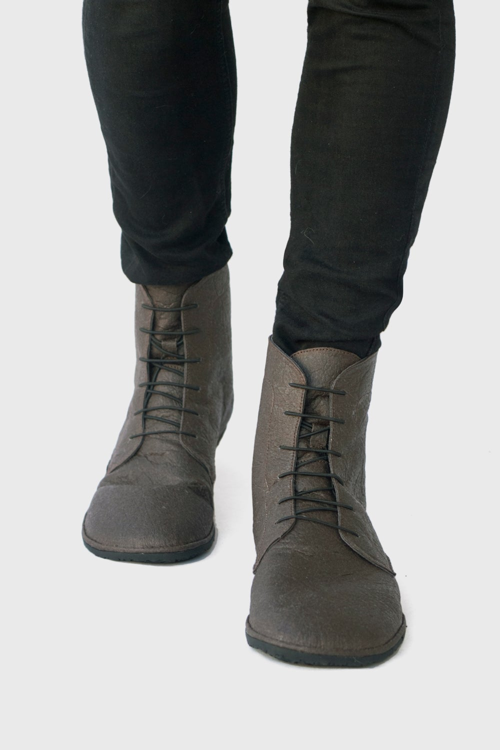 Image of Foris boots in Brown Pinatex®