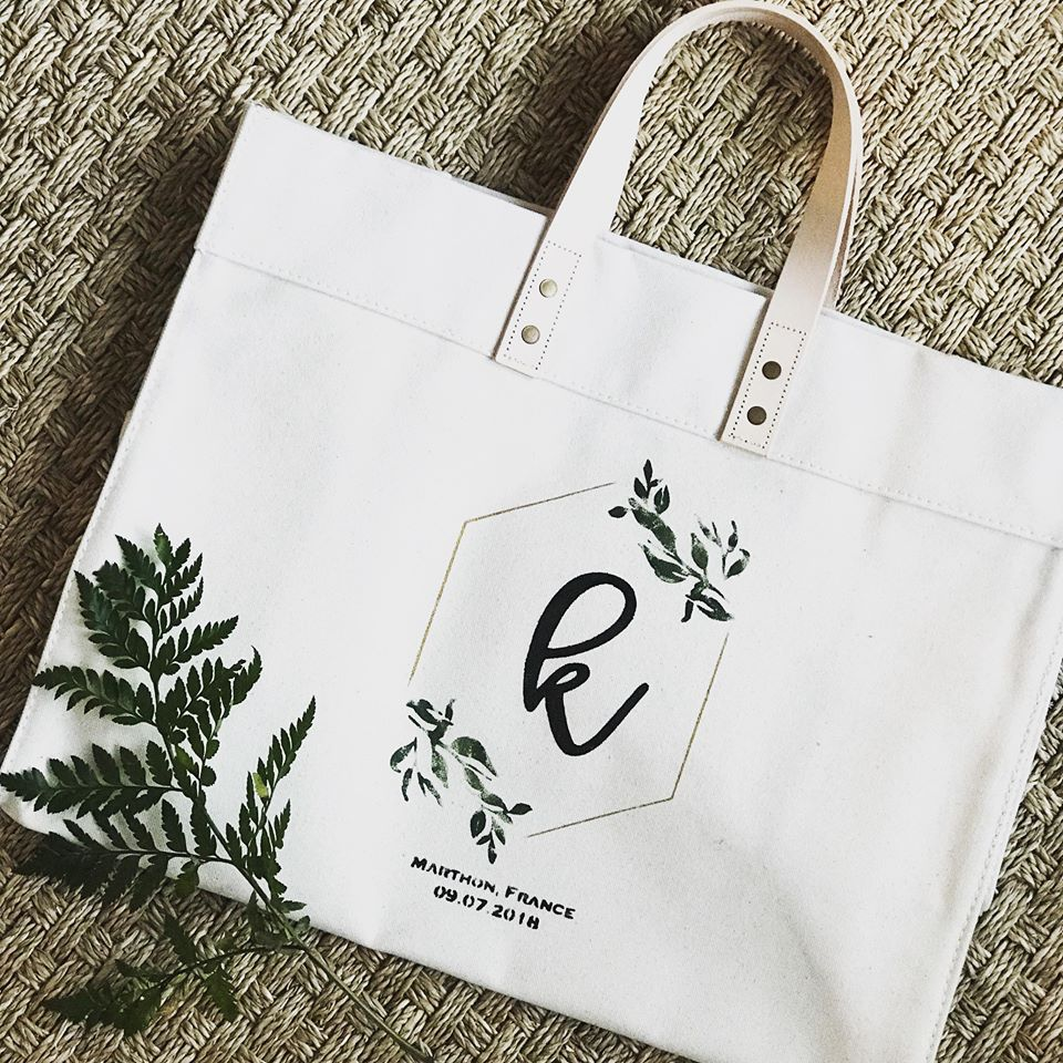 GOLD CALLIGRAPHY HEAVYWEIGHT CANVAS TOTE WITH LEATHER STRAPS