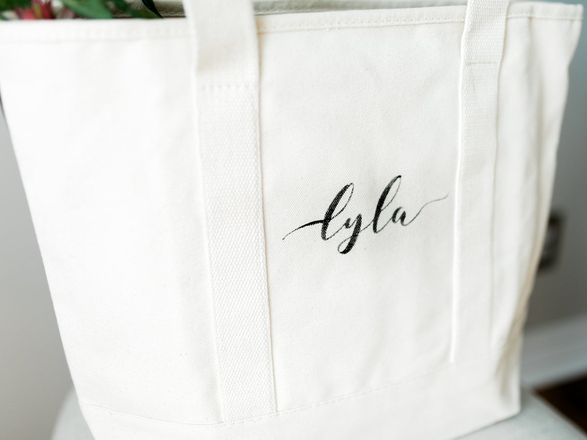 LARGE CANVAS ESSENTIAL TOTE WITH LEATHER STRAPS