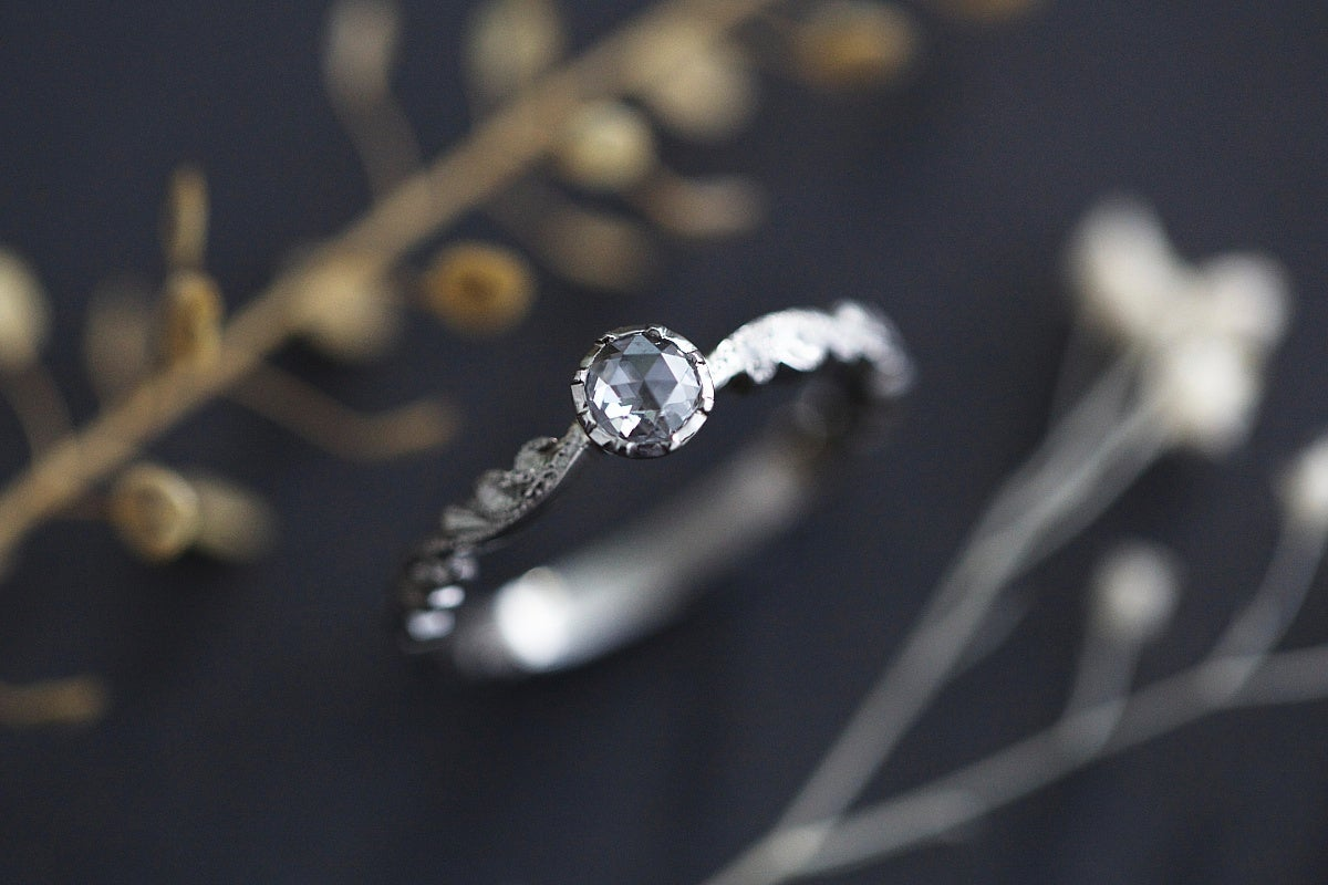 Image of platinum 3.9mm rose cut diamond ring (IOW133)