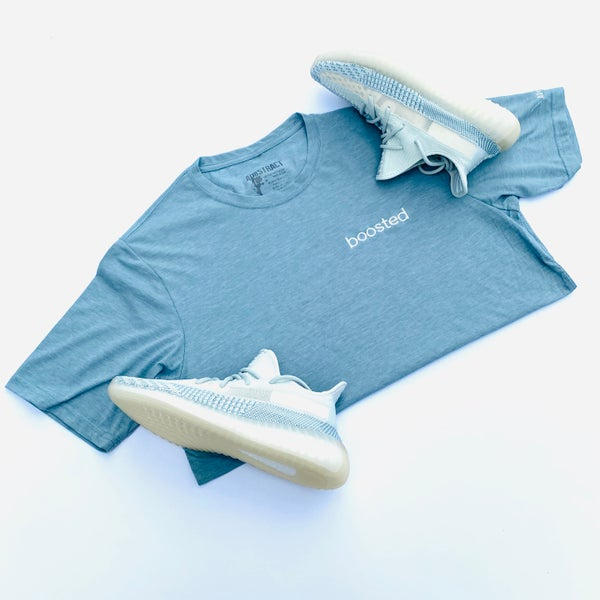 "Image of BOOSTED ""WHITE CLOUD/CITRIN"" EMBROIDERY T-SHIRT & HOODY"