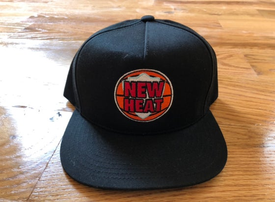 "Image of O1FREE ""NEW HEAT"" SNAP BACK BLACK"