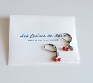Image of *NEW* Boucles Cerises Plaqué Argent - Micro courtes Feuilles