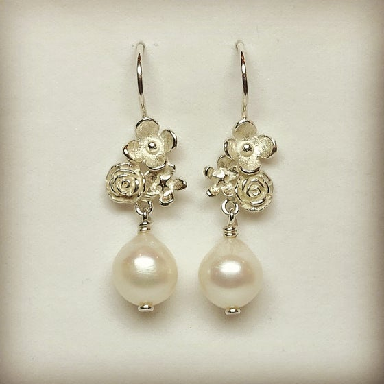 Beeld van Earrings Flower Power