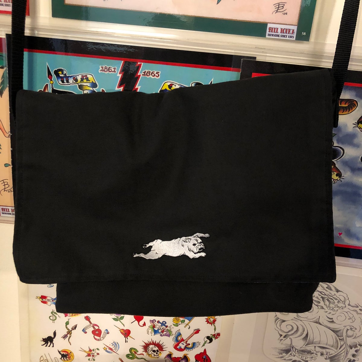 Image of Black Twill messenger bag with green print lining
