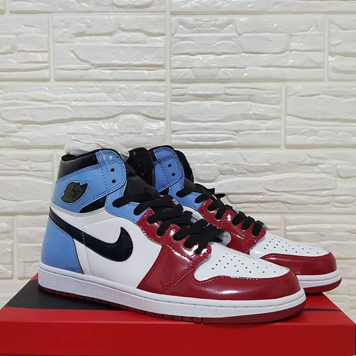 Air Jordan 1 Retro High Og Fearless Xclusivekickz2k